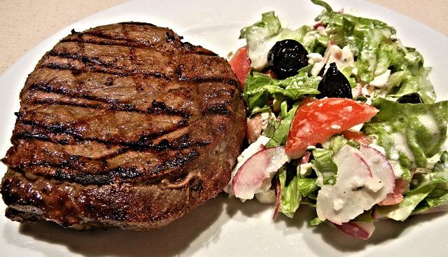 steak + grilovaná zelenina