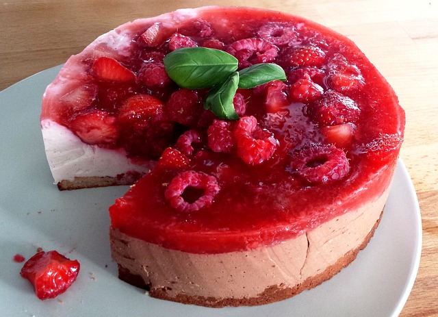 tvarohový dort s ovocem