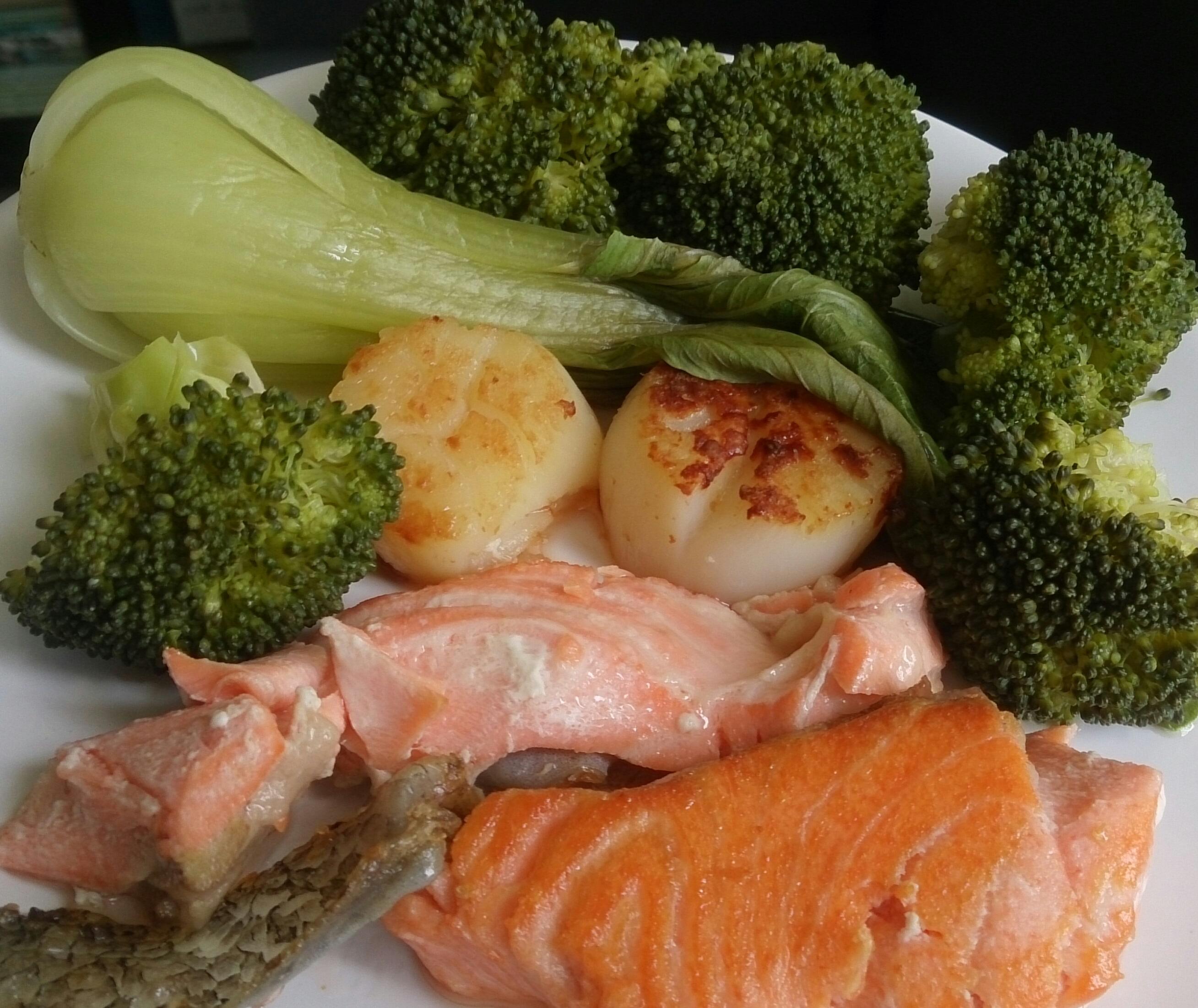 losos s bramborem a brokolicí