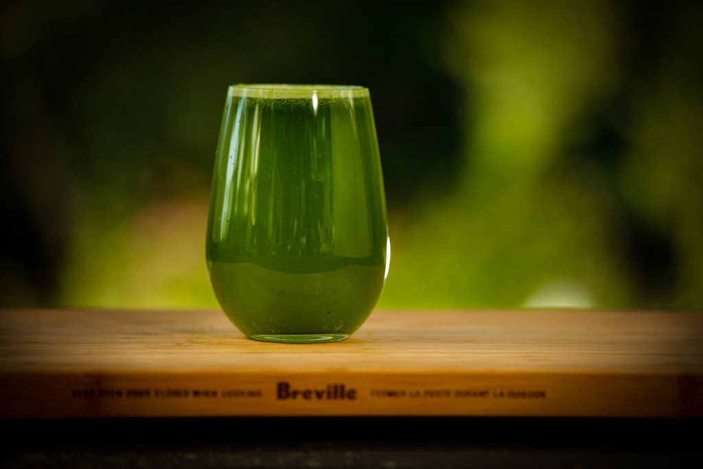 zelený ječmen nápoj