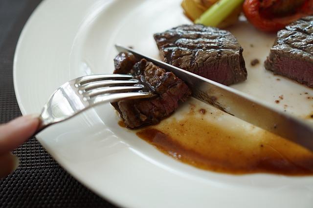 správně propečený steak