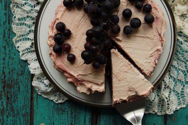 Řepový dort s kokosovou šlehačkou