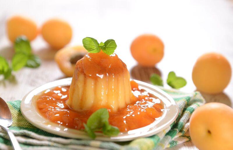Pudink s mandlovým mlékem a meruňkami