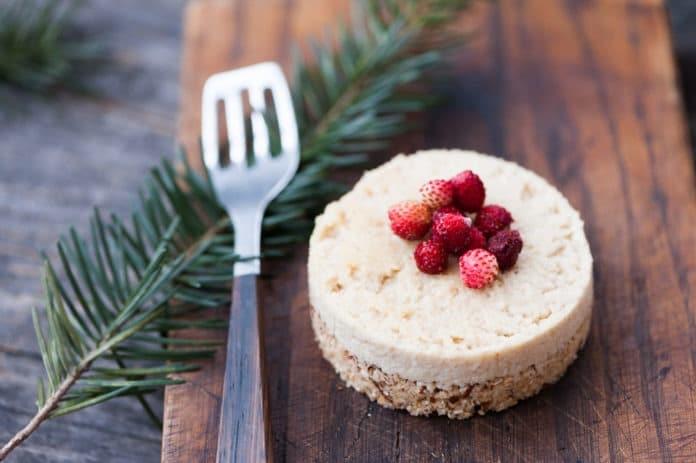 nepečený dort z tvarohu a kokosu