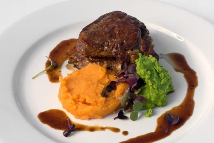 Hovězí steak s dýňovým pyré