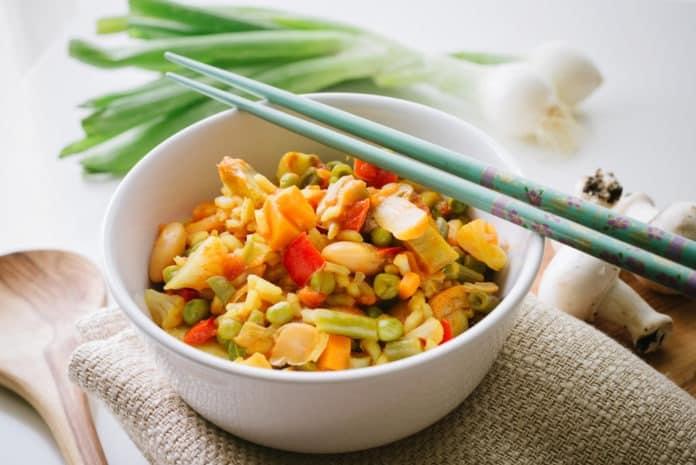 paella se zeleninou