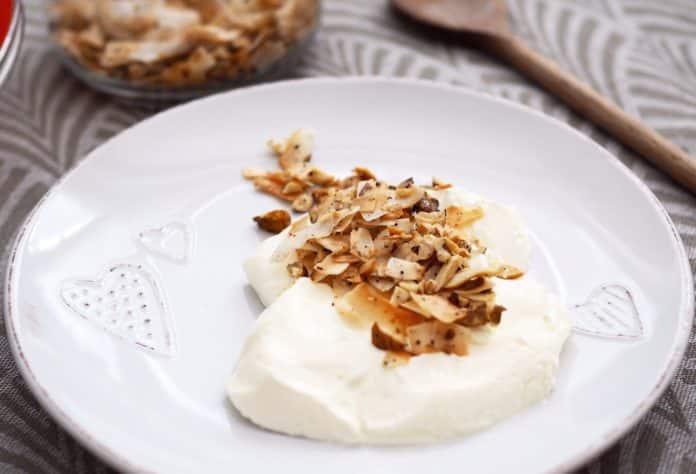 ořechová paleo granola