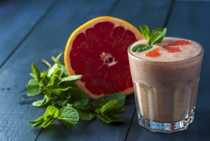 smoothie ze 2 grapefruitů