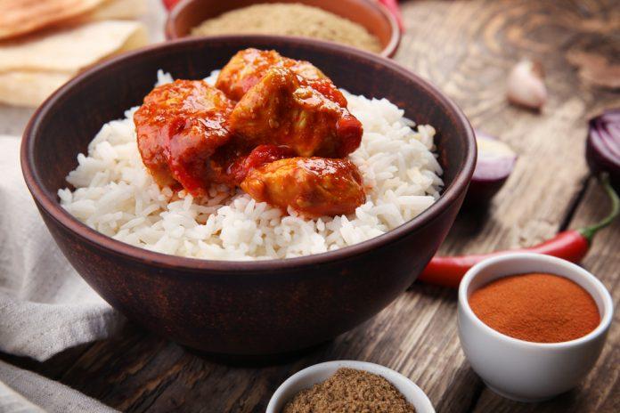 pikantní kuřecí masala s rýží