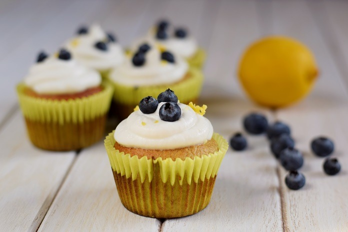borůvkový muffin s řeckým jogurtem