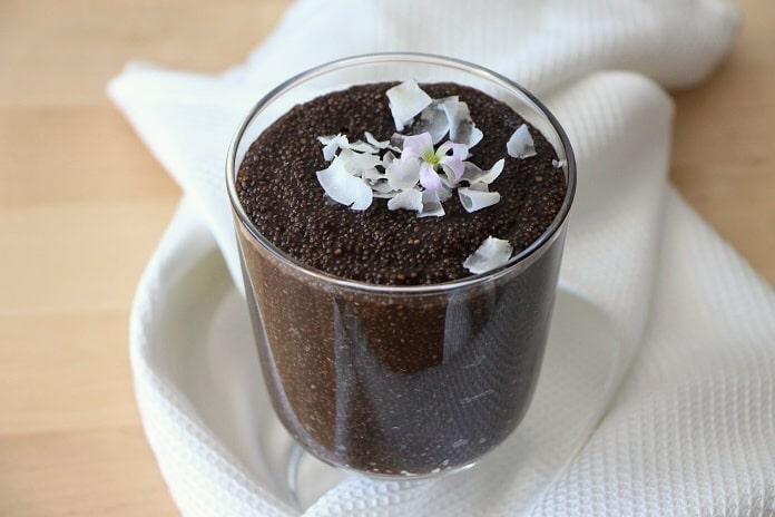 amarantový pudink s chia semínky