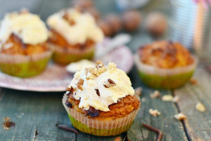 mrkvové muffiny se skořicí