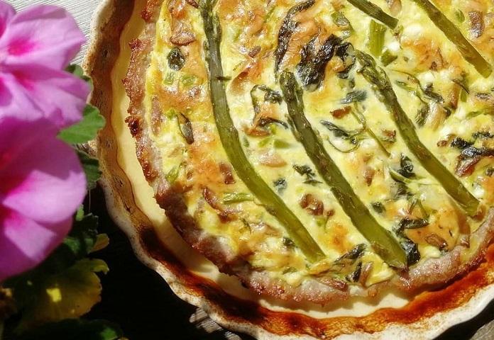 Quiche s cottage sýrem a špenátem