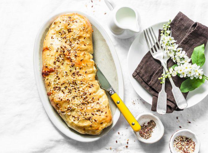 závin z listového těsta plněný špenátem a kozím sýrem
