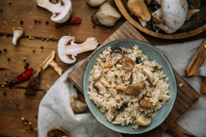 rizoto s lesními houbami