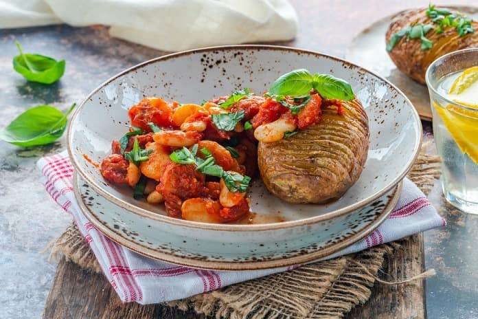dušené fazole s rajčatovou omáčkou