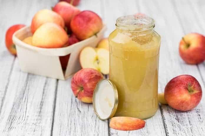 neslazené jablečné pyré