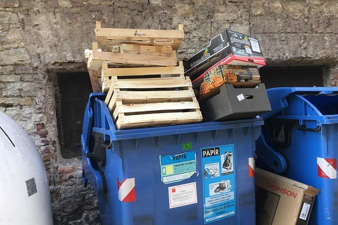 zneužívání kontejnerů na tříděný odpad