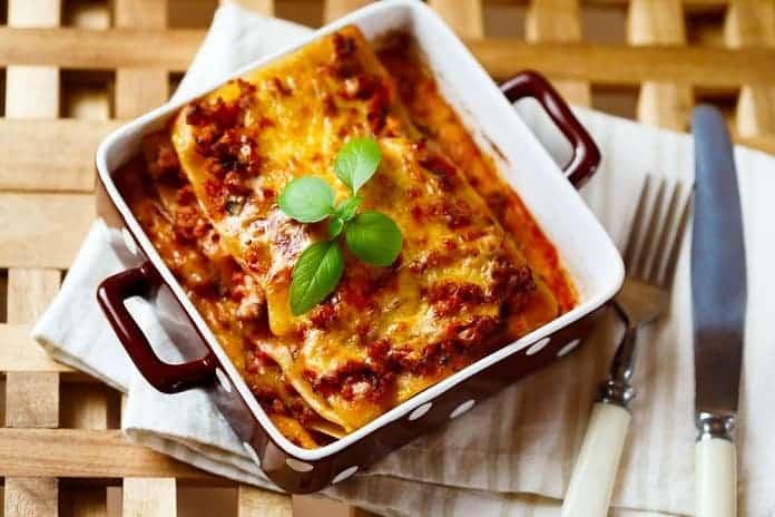 lasagne s mletým krůtím masem
